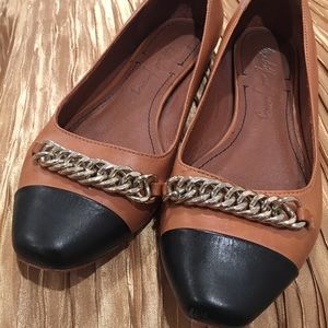 Brown and black genuine leather flats size 8